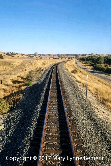 043a_Coast Starlight train trip, September 2017_scenery 8a