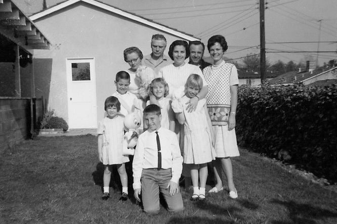 1965_05_Janine, Marc, Agnes (Hansen) and Frank Steger, Jackie Gross, Dad, Mom, Carla Gross, Kathie Gross, Ron Gross, Tibby