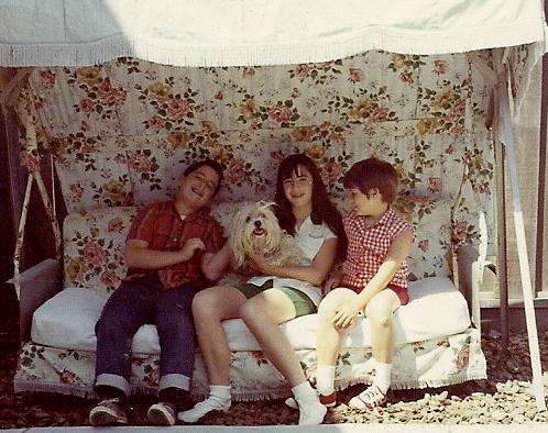 1969_06 Marc, Tibby, Paula, Janine-2