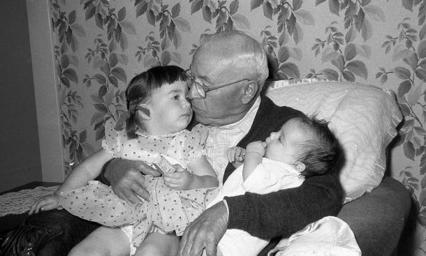 1957_09_Marc's Baptism_Paula, Gustavo Bocciardi, Marc 1(b)