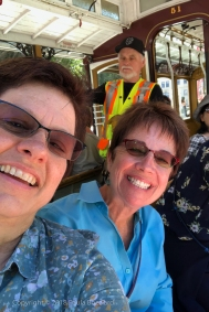 025_2018_06-23_10th anniversary_Cable car_Julie, Paula