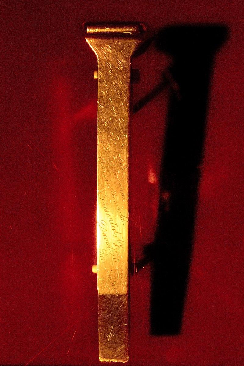 800px-The-Golden-Spike-7Oct2012